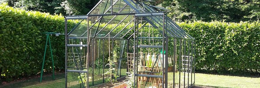 Serre de jardin : en verre ou en polycarbonate ?